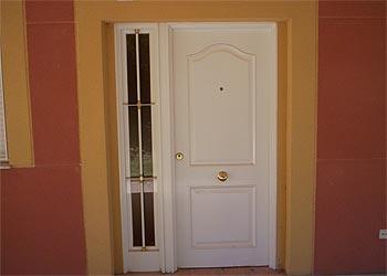 Carpinteria met lica jucar puertas for Puertas 3 de febrero